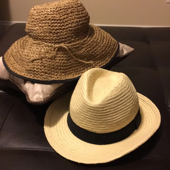 Old Navy Accessories - Super Cute Summer Straw Hats- 2/$12